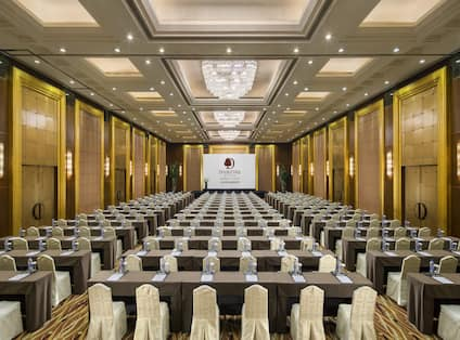 Ballroom Classroom Setup with Projector Screen