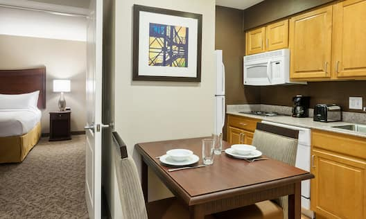 Suite Kitchen and Bedroom