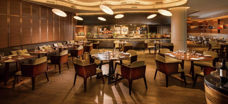 Opus Bar & Grill_Hilton Singapore SINHITW