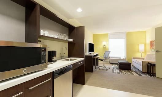 King Accessible Suite