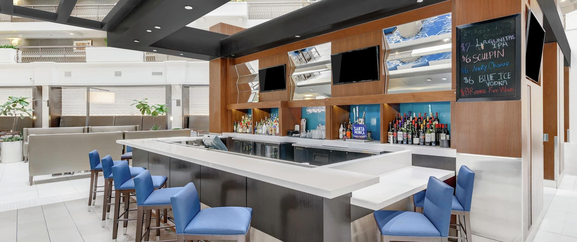 Cloud 9 Lounge and Bar