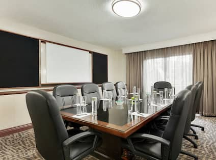 Granada Conference Suite