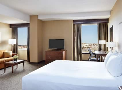 One king bed Junior Suite