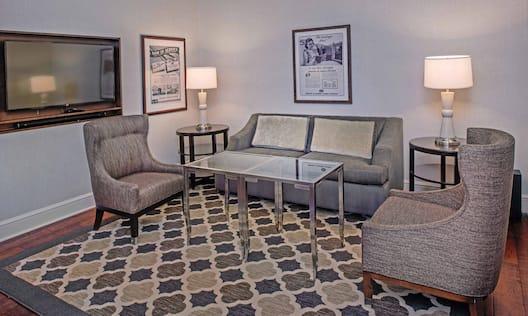 King Grand Hall Luxury Suite