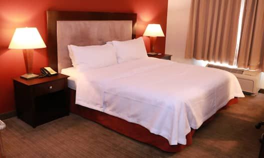 King Bed Non Suite