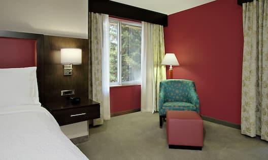 King Corner Room