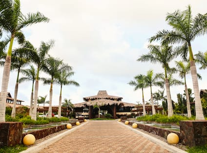 Hotel Entrance Pathway During Daytime