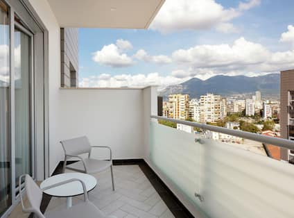 King Family Deluxe Room with Balcony View