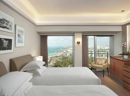 Grand Vista Room with Two Twin Beds