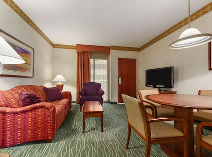 Guest Room Living Area with Dining Table