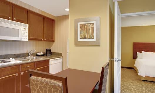 Double Queen Kitchen Area