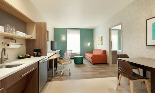 King Accessible One Bedroom Suite with Kitchen & Living Area