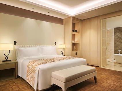 Executive Suite / Conrad Suite
