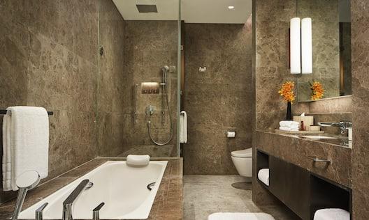 One Bedroom Residence Bathroom