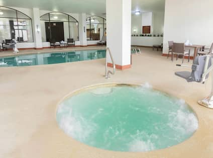 Guest Whirlpool