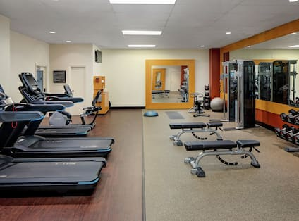 Maintain your fitness routine in our fitness center featuring deluxe equipment. You will enjoy free weights, workout balls, treadmills, elliptical and stationary bikes. Located on the 2nd floor and complimentary to all hotel guests.