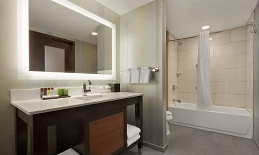 Accessible Tub