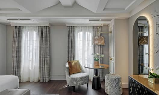 Guest Room Sitting Area with Round Table
