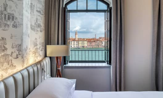 Tower Suite with City View
