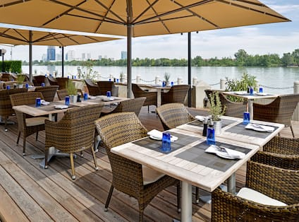 Waterfront Kitchen Outdoor Dining