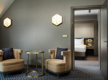 Penthouse Family Suite Seating Area