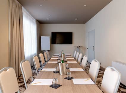 Meeting room in tables and chairs