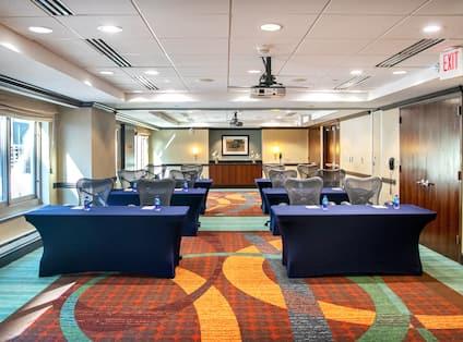 Meeting Room Setup Classroom Style