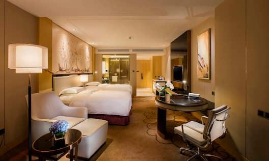 Hilton Guestroom Twin