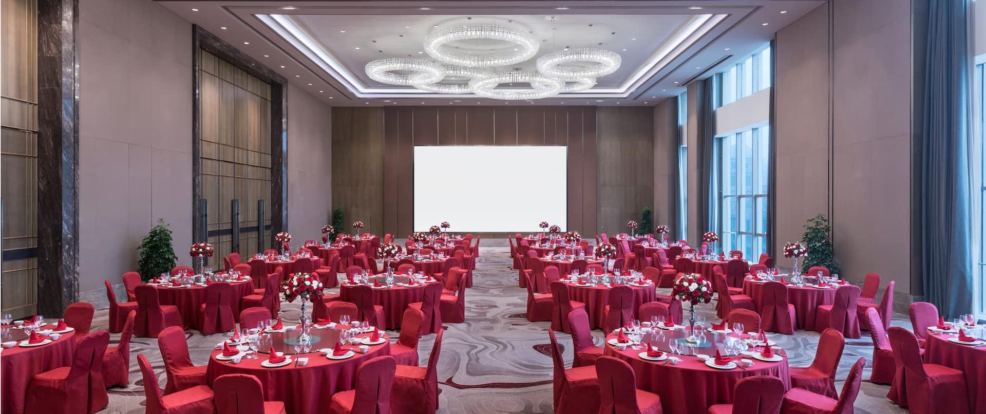 Chinese Wedding Round Table Setup