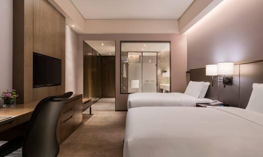 Guest Room twin-bedroom