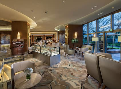 lobby atrium, with lounge tables and chairs