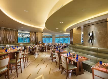 Circle Themes Buffet Restaurant dining area with tables, chairs, and dining table amenities