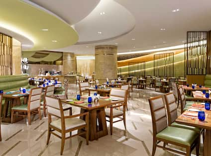Circle All-day-dining Restaurant
