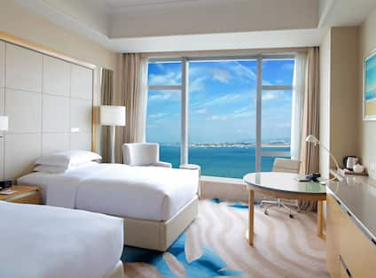 Twin Guest Room with Bay View