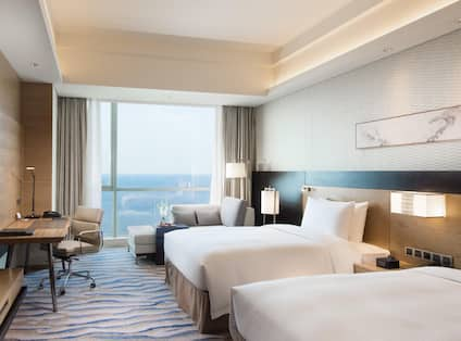 Deluxe Sea View Room Twin Bed