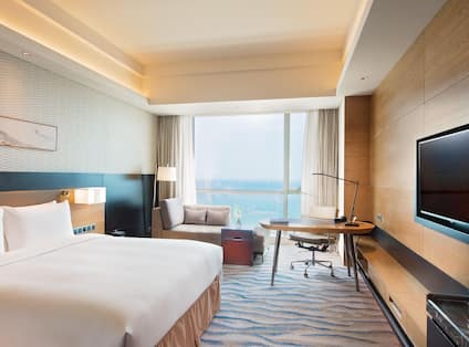 Executive Sea View Room King Bed