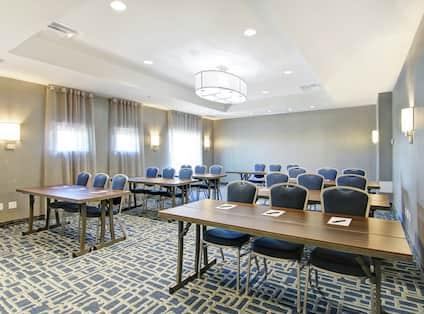Rideau Meeting Room