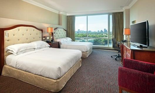 Accessible Double Queen Guestroom