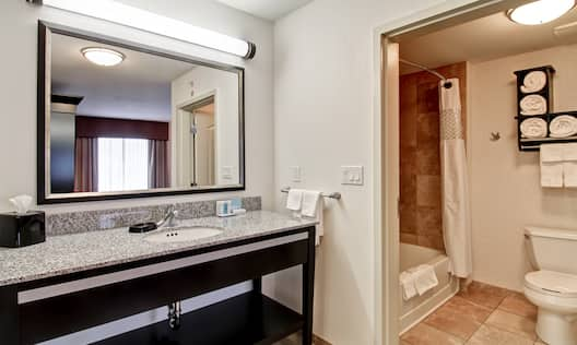 King Studio Bath