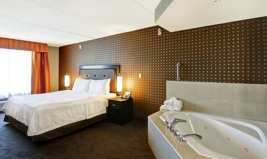 One King Bed One Bedroom with Whirlpool Suite