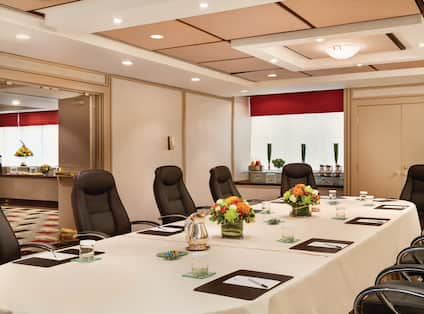 Vancouver Meeting Room Table
