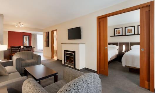 Double Beds Guestroom Suite