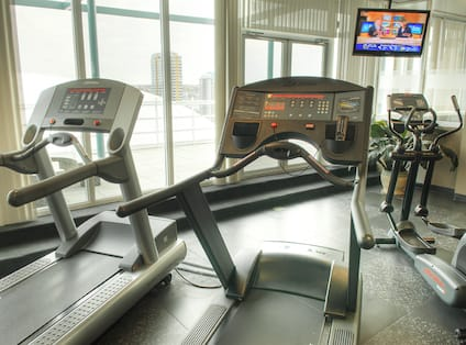 Roof Top Fitness Center