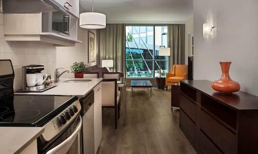 Kitchen Suite Entrance