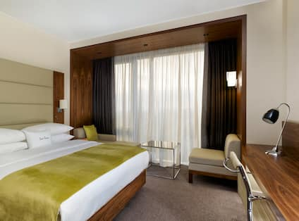 DoubleTree by Hilton Hotel Zagreb, Croatia - Guest Room with King Bed