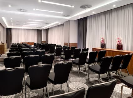 DoubleTree by Hilton Hotel Zagreb, Croatia - Olive Meeting Room
