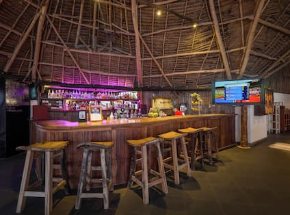 Fishermans Bar & Grill