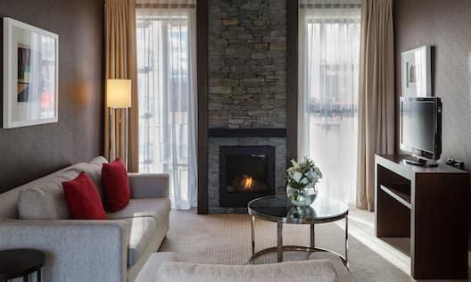 Wakatipu Suite Lounge Area