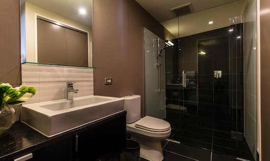 One Bedroom Residence Bathroom